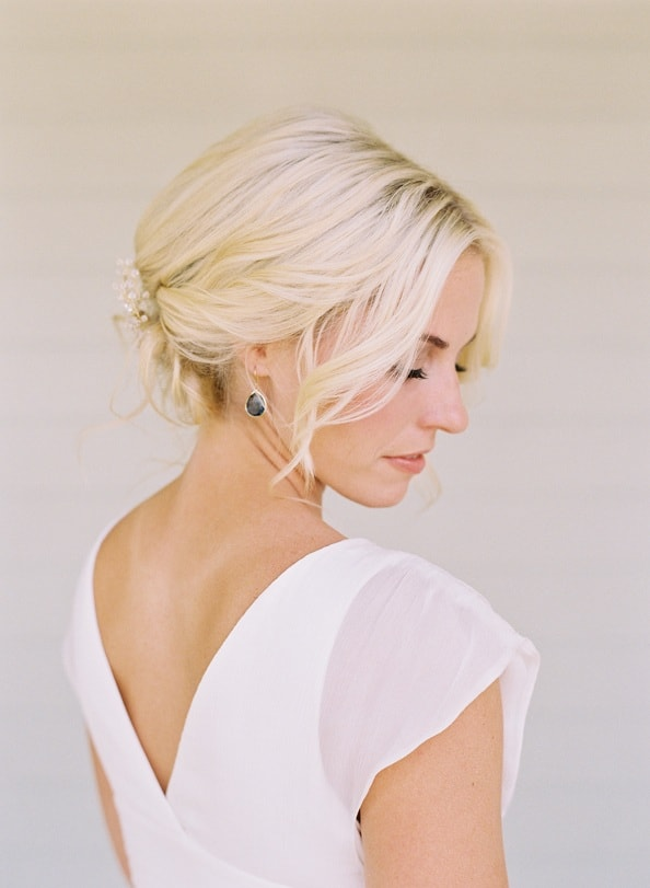bright-elegant-bride-wedding-hairstyles-jewelry